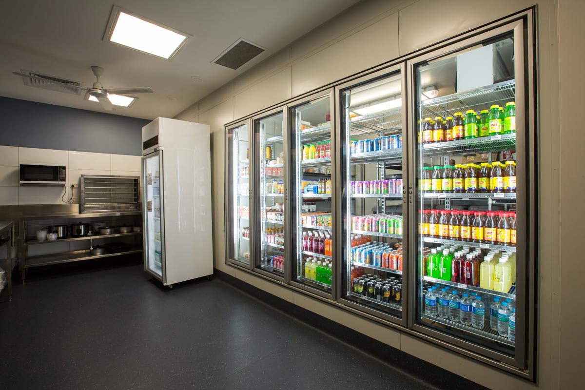 Commercial cool rooms and freezer rooms